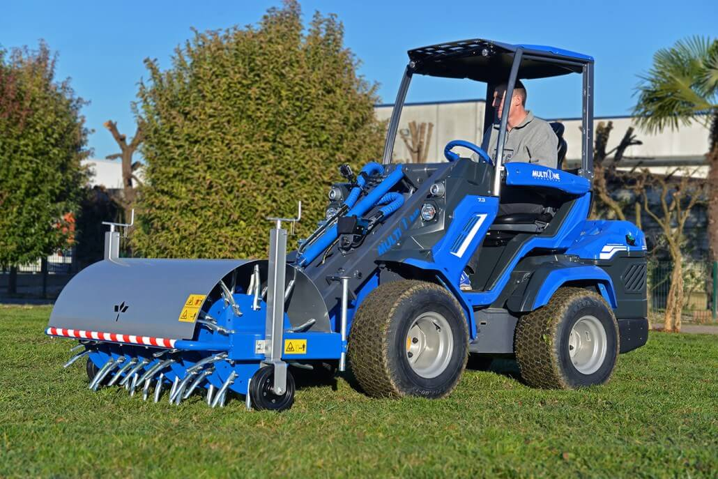MultiOne mini loader 7 series with core aerator